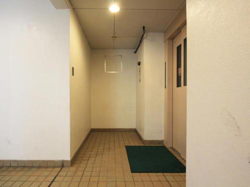 外壁とマッチしているエントランスが良い雰囲気を出しております。